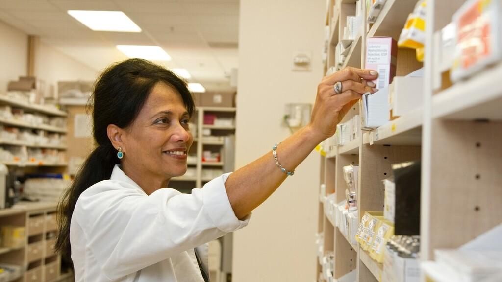 Ügyeleti rendben lesznek nyitva a gyógyszertárak karácsonykor