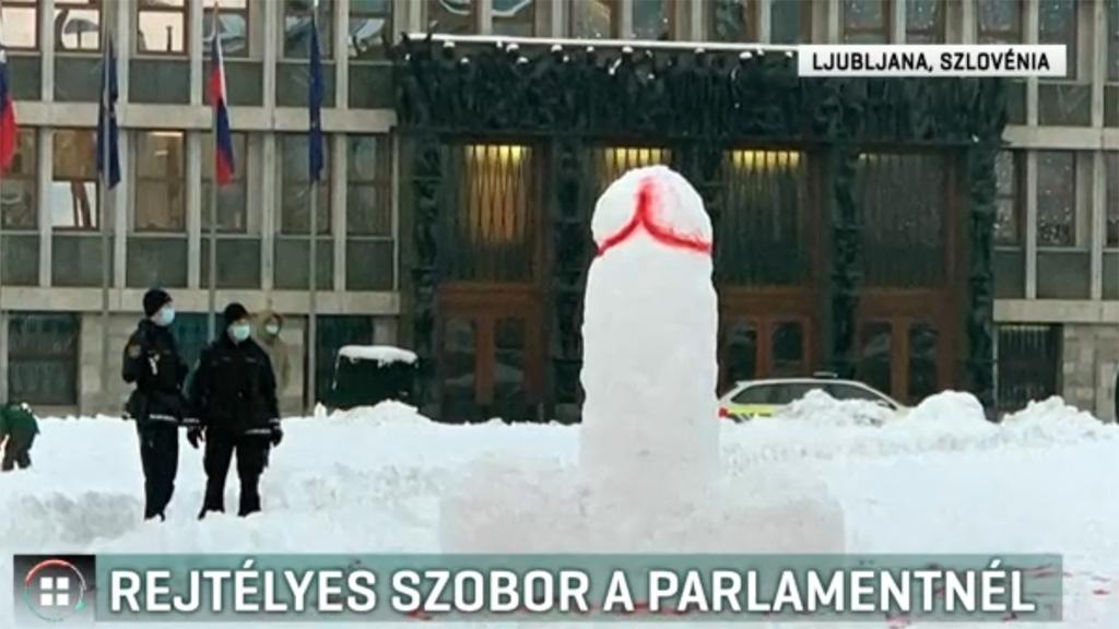 Hópénisz a szlovén parlament előtt