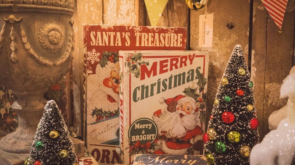 Tízmillió forintnak megfelelő fontot költött karácsonyi díszekre egy brit férfi