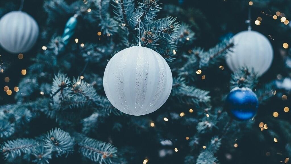 Kiégtek a karácsonyfa izzói, ennek köszönheti egy nő a lottónyereményét