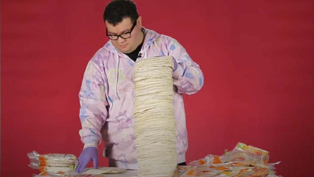 81,3 cm magas lett a tortilla-torta: új Guiness-rekord született