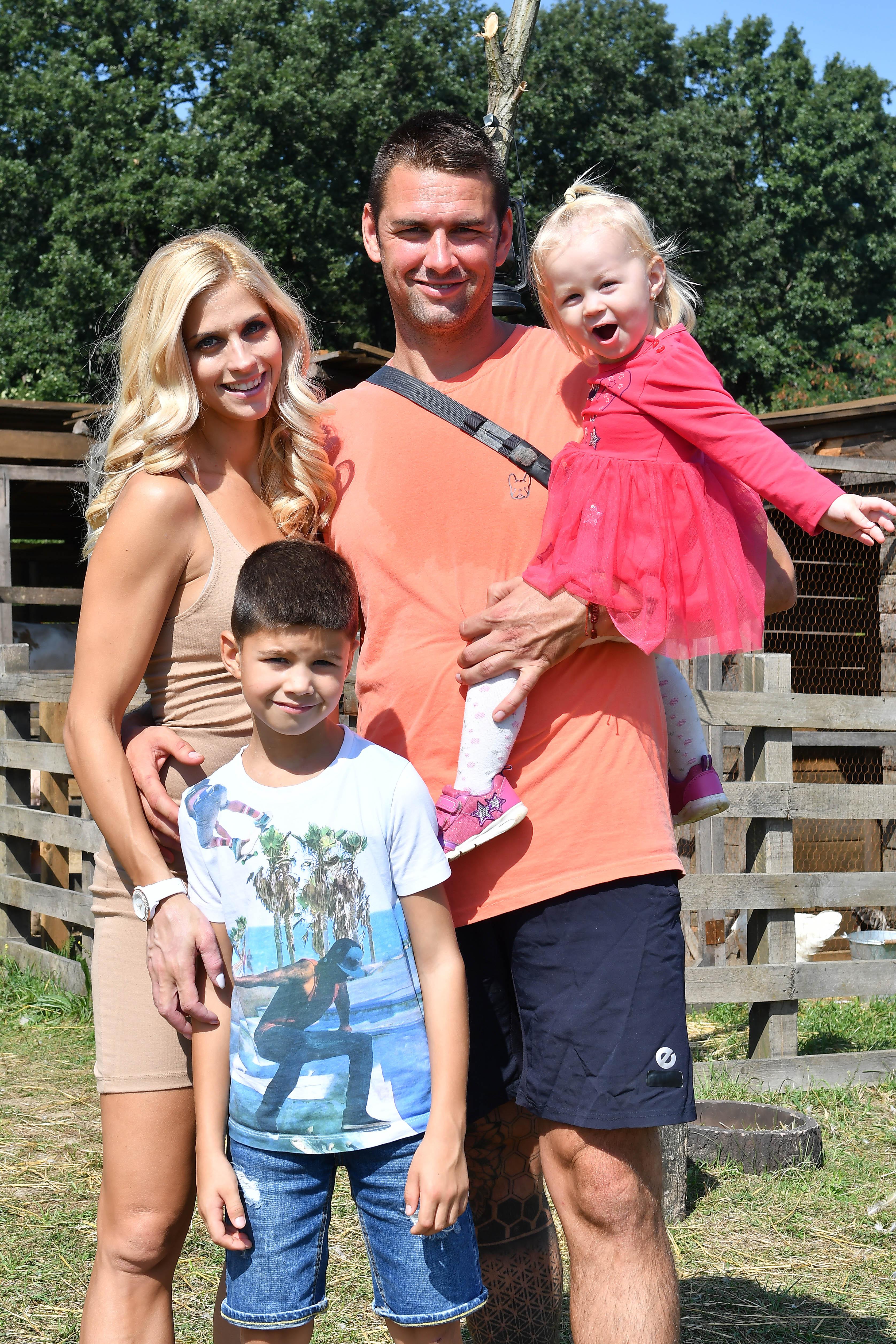 Kucsera Gábor felesége és gyerekei
