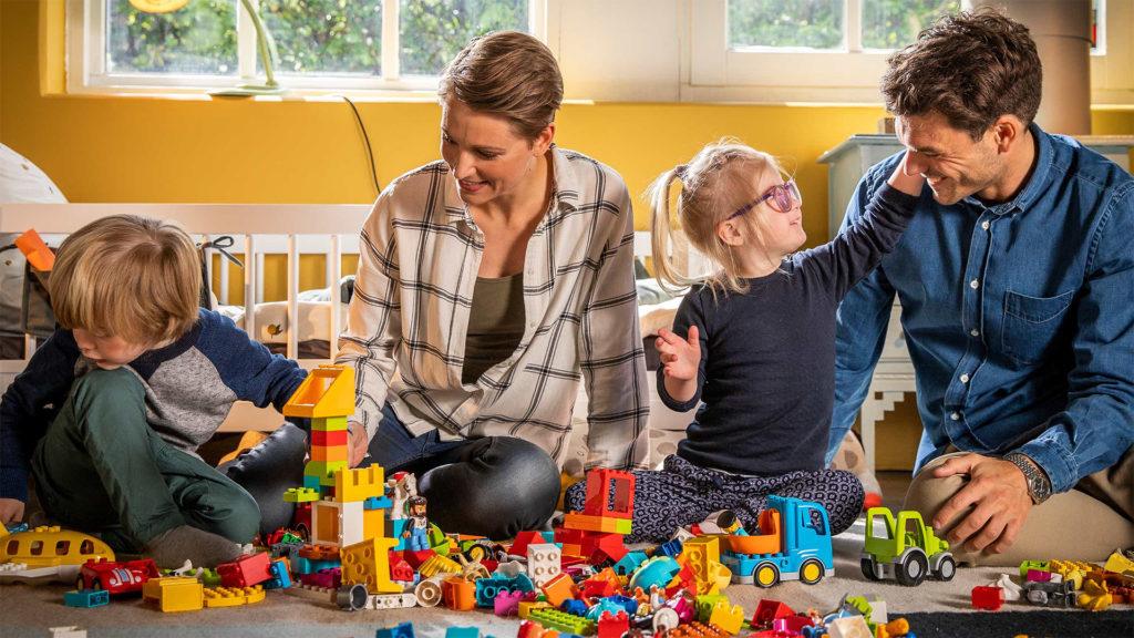 A felnőttek számára is fontos a játék, főleg, ha LEGO