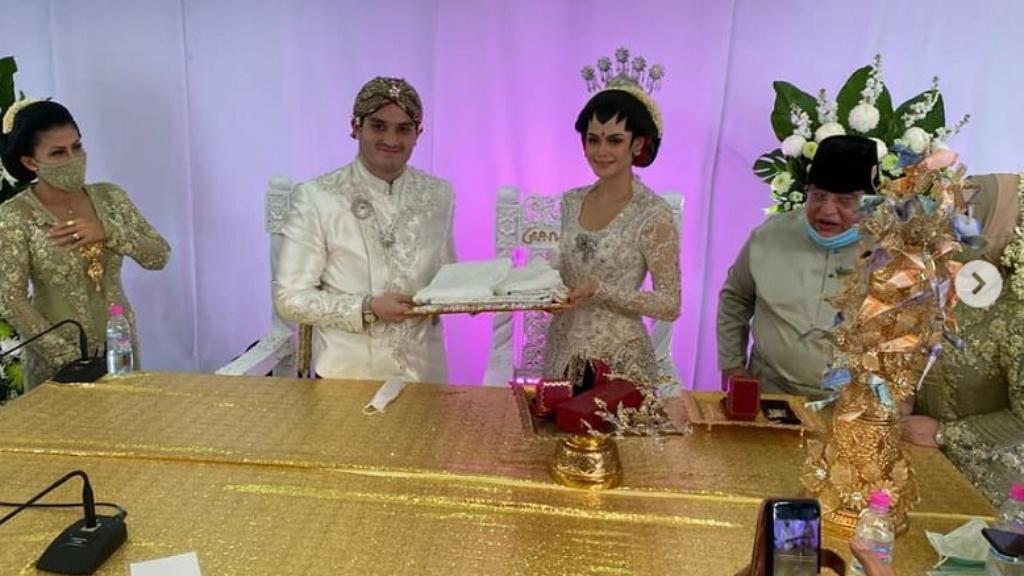 20 helyett tízezren voltak egy malajziai esküvőn