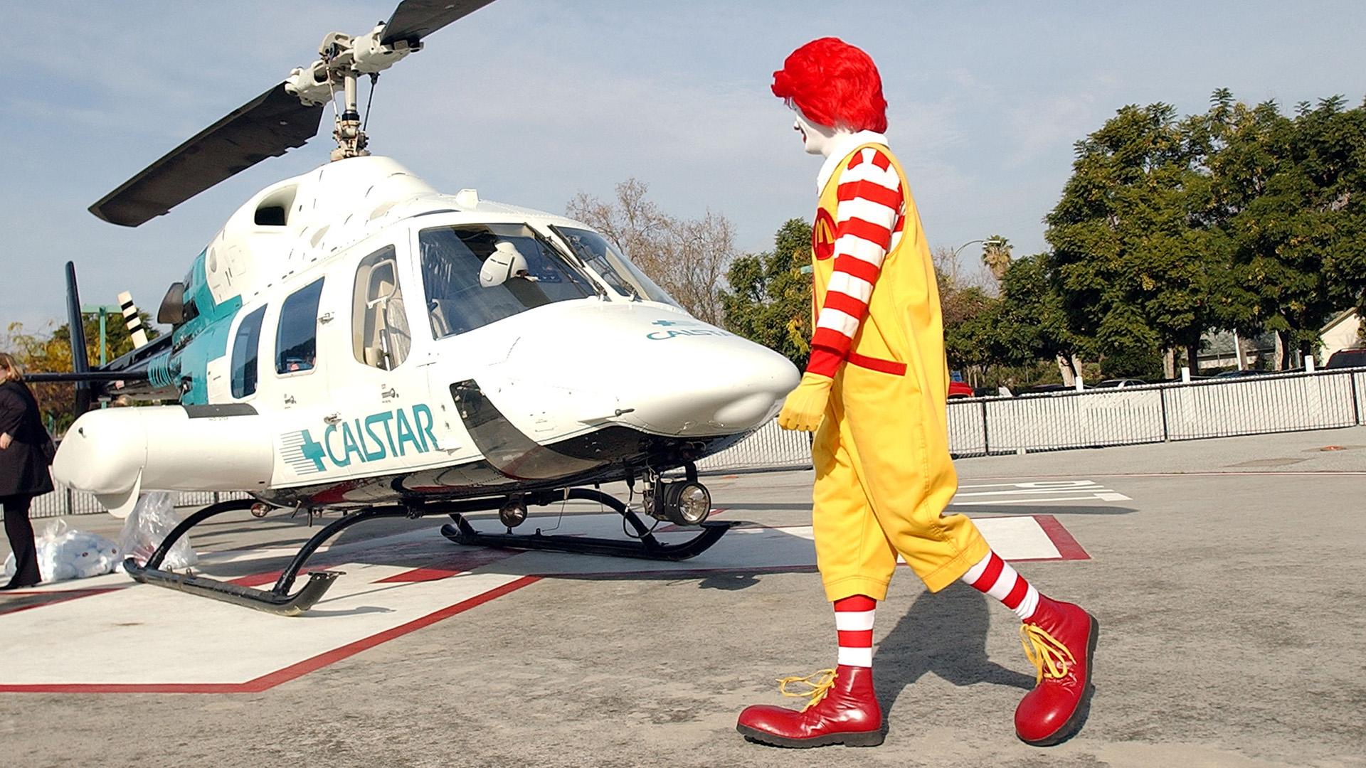 Helikopterrel ment McDonald'sba a milliomos