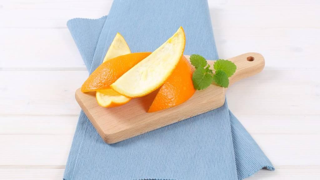 Narancs hámozás