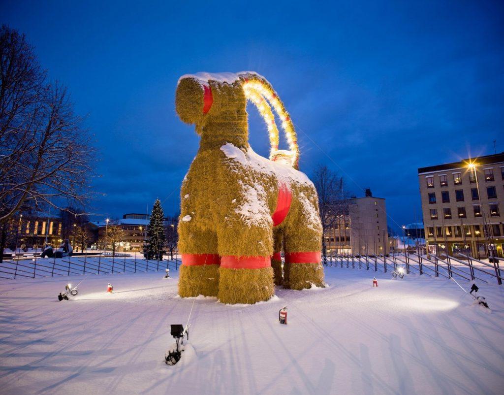 A kecske, amit szinte minden évben felgyújtanak