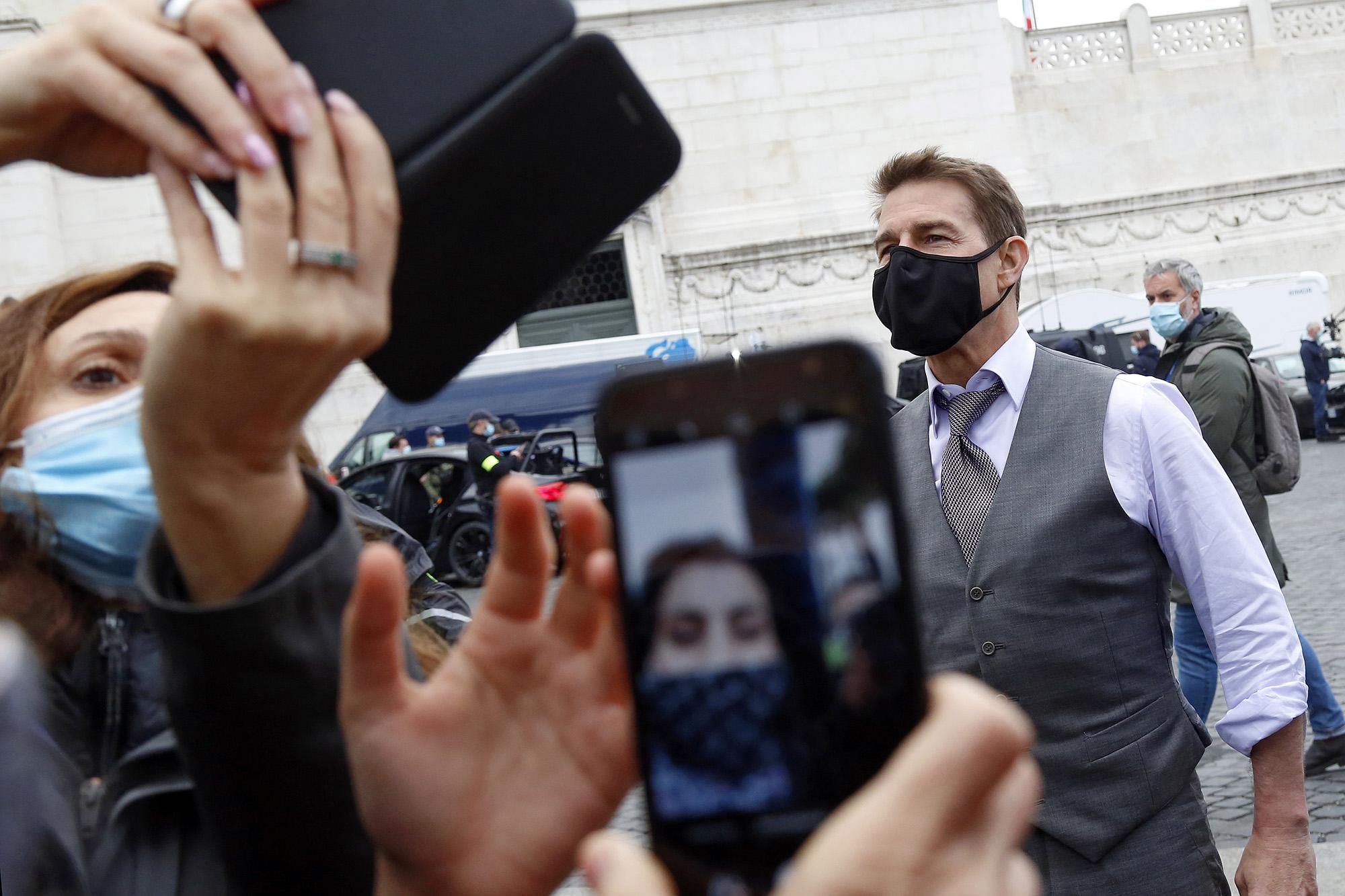 Tom Cruise a Mission: Impossible hetedik részének forgatásán