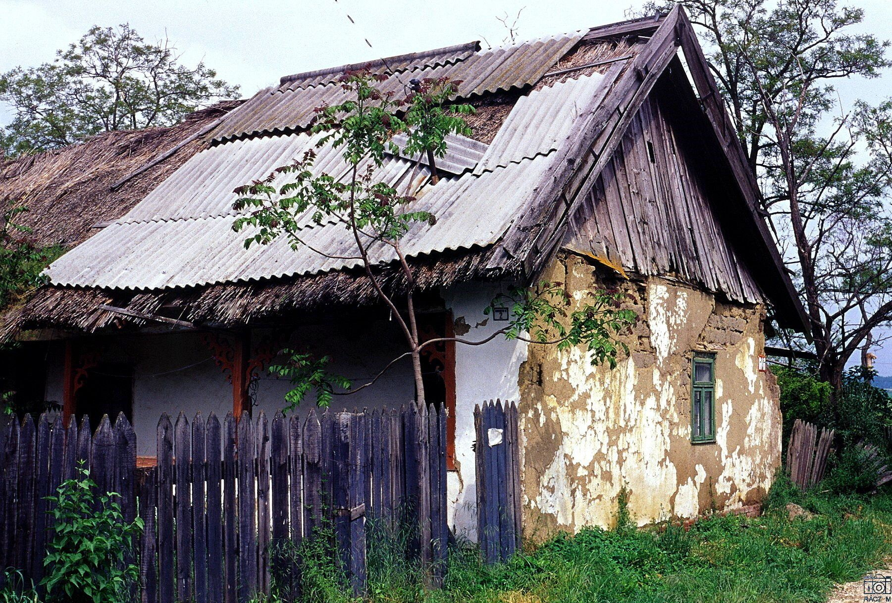 Így mentette meg egy egyetemista Szolnok megye utolsó szabadkéményes parasztházát