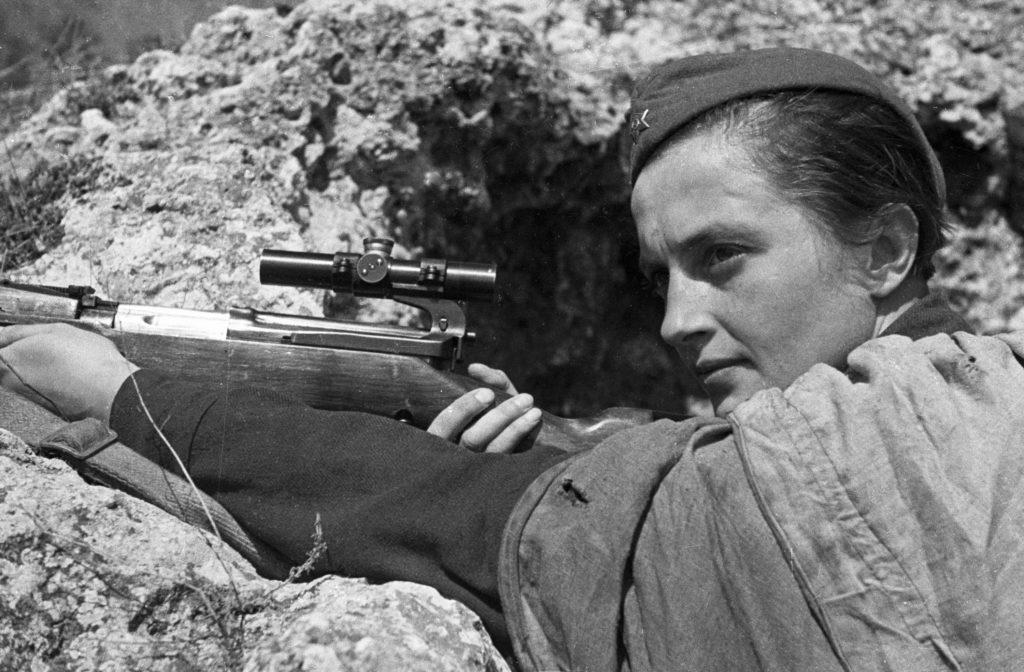 Ljudmila Pavlicsenko orosz mesterlövész