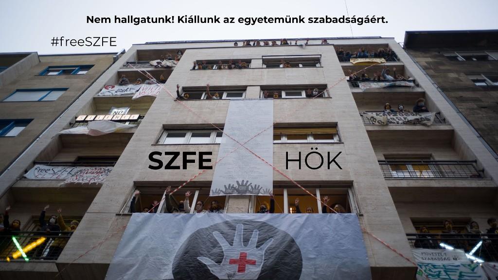 Tiltakoznak az SZFE hallgatói (fotó: SZFE HÖK Facebook oldala)