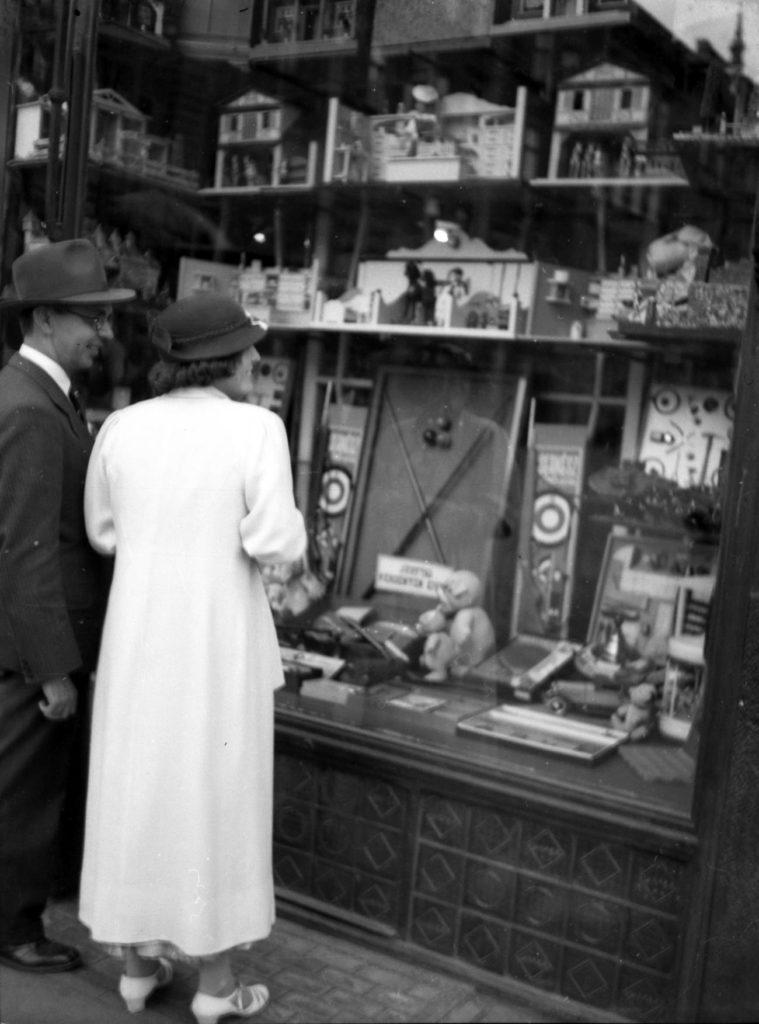 1930-as évek játékboltjai