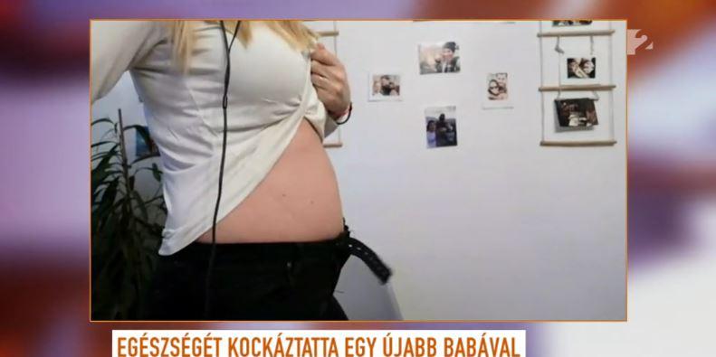 Ada megmutatta a pocakját, már túl van a terhesség első felén
