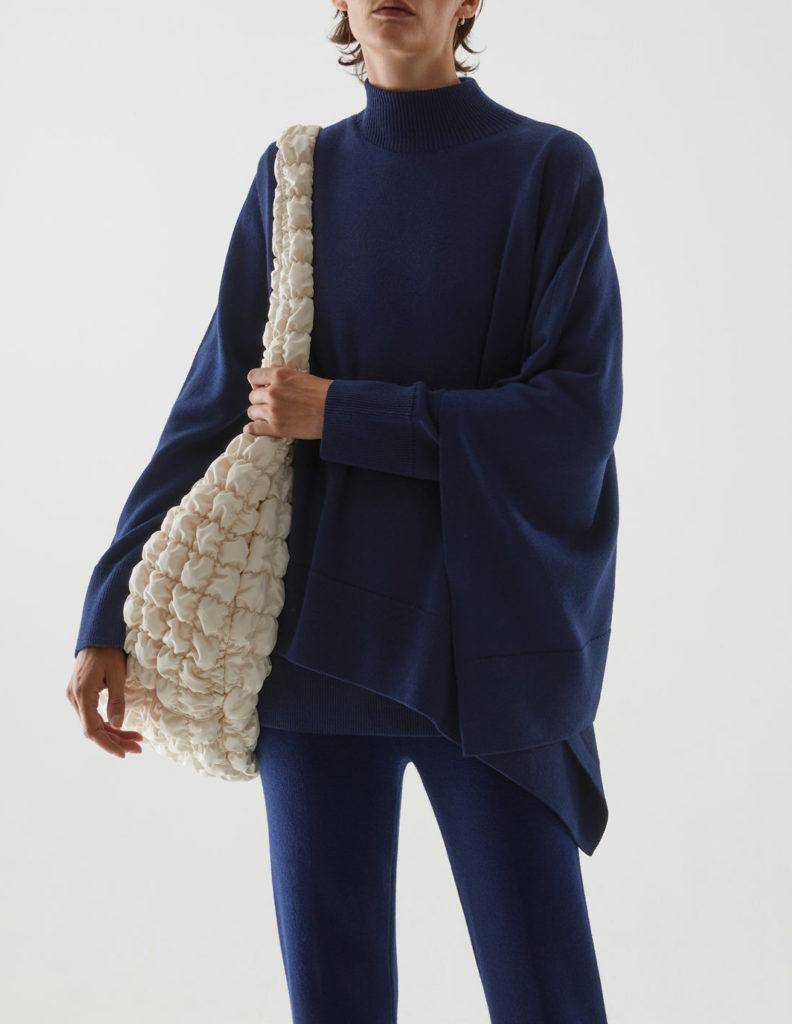 COS köpeny-pulóver