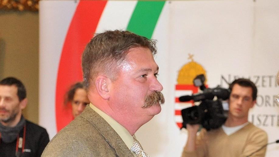 Bálint Péter a József Attila-díj átvételekor 2012-ben (fotó: MTI Fotó: Földi Imre)