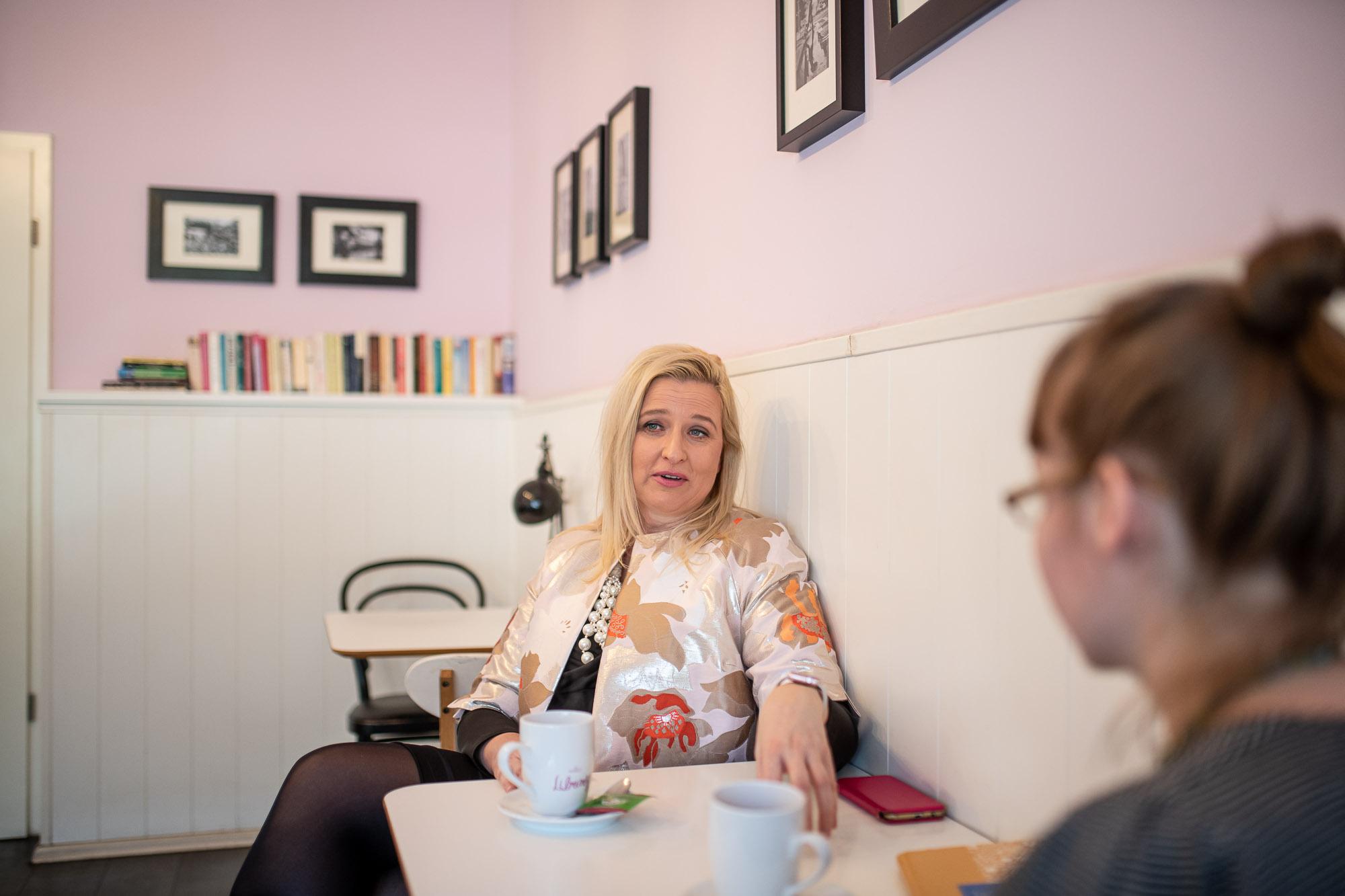 """Vállalkozó nők – """"Ha nem termelnek rögtön profitot, azt mondják nekik, inkább foglalkozzanak a családdal"""""""