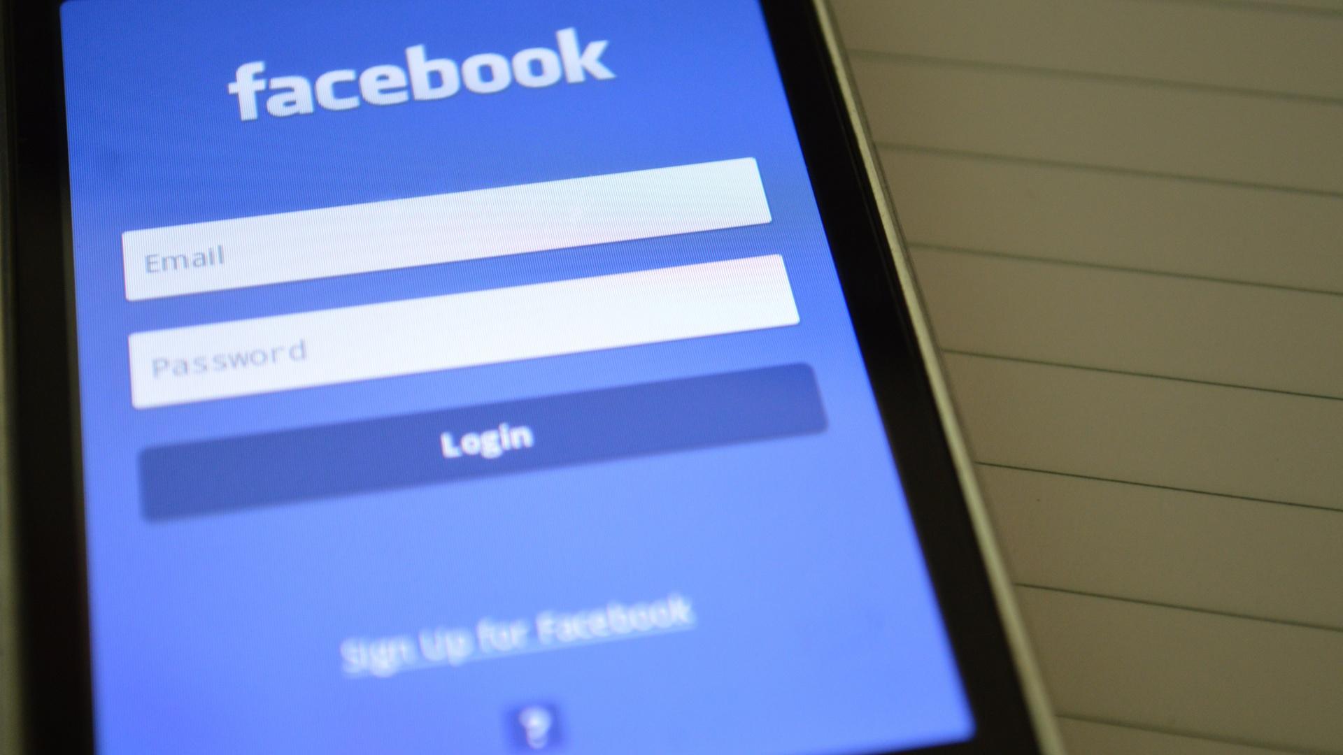 Facebook a mobilon