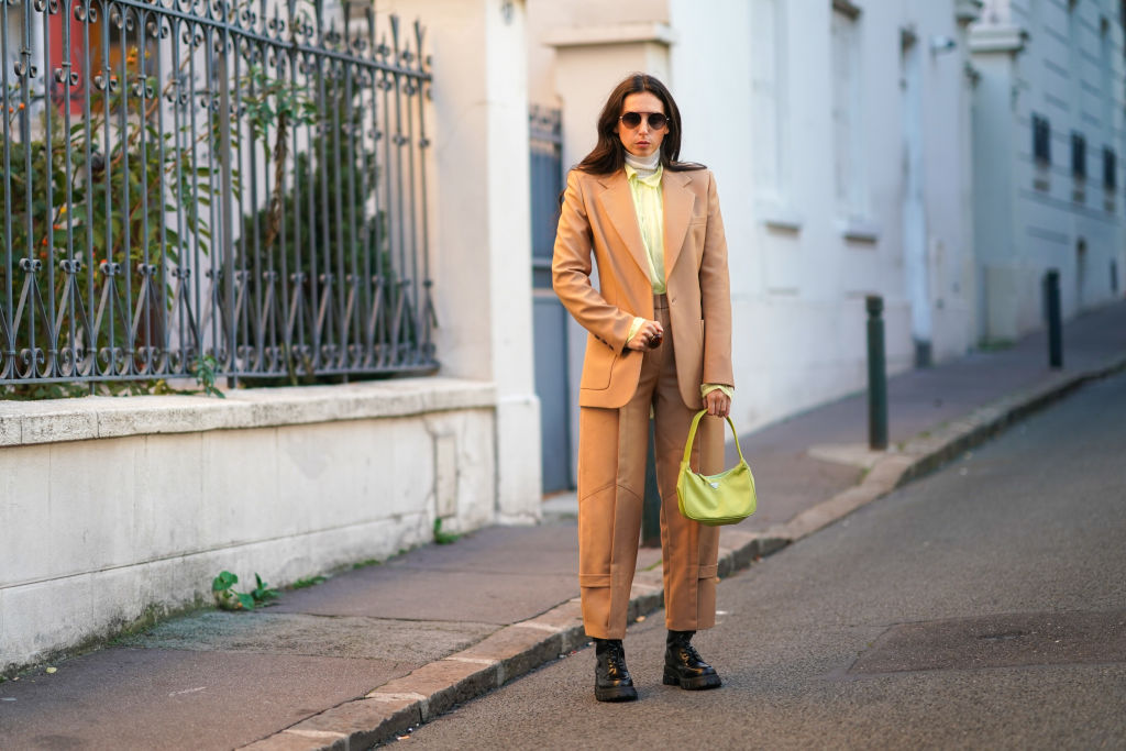 Pasztell színek és sárga: 2021-ben így lehetsz igazán kifinomult