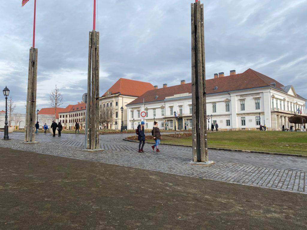 A Karmelita kolostor és az Elnöki palota