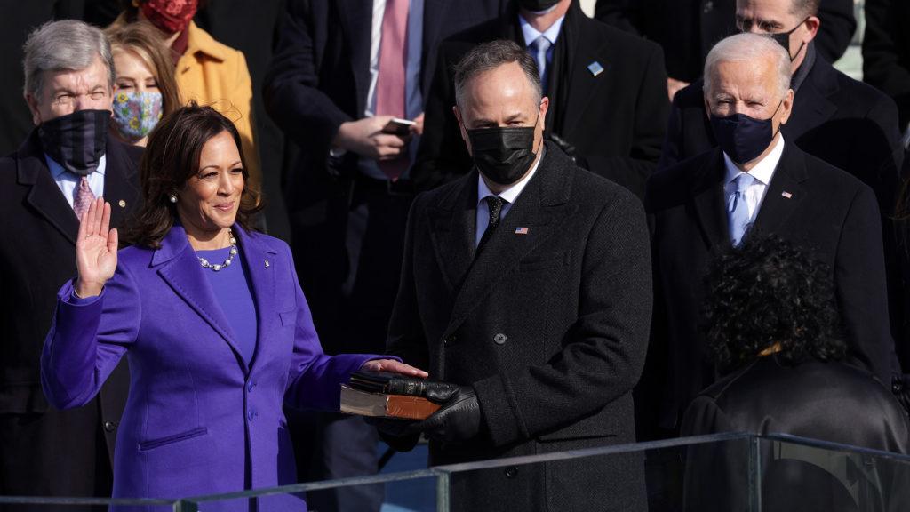 Kamala Harris az USA első női alelnöke