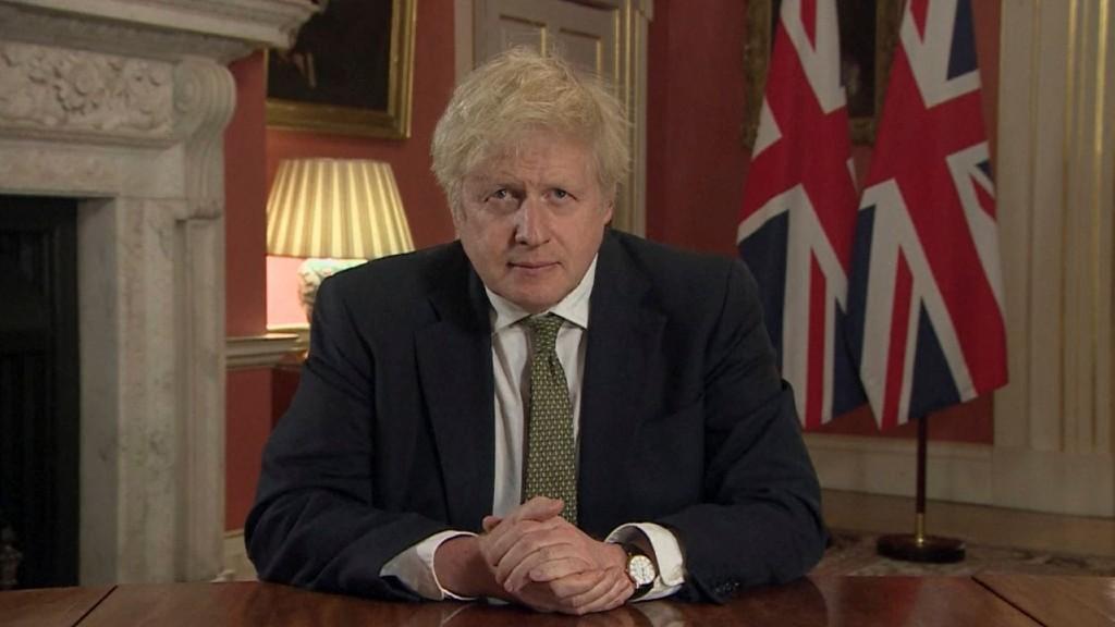 Boris Johnson sajtótájékoztatót tart január 5-én (fotó: MTI/AP/PA pool/PA Video)