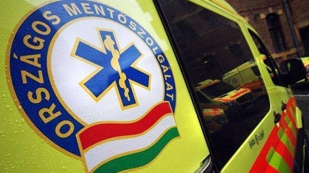 13 éves kisfiú riasztotta eszméletlen apjához a mentőket.