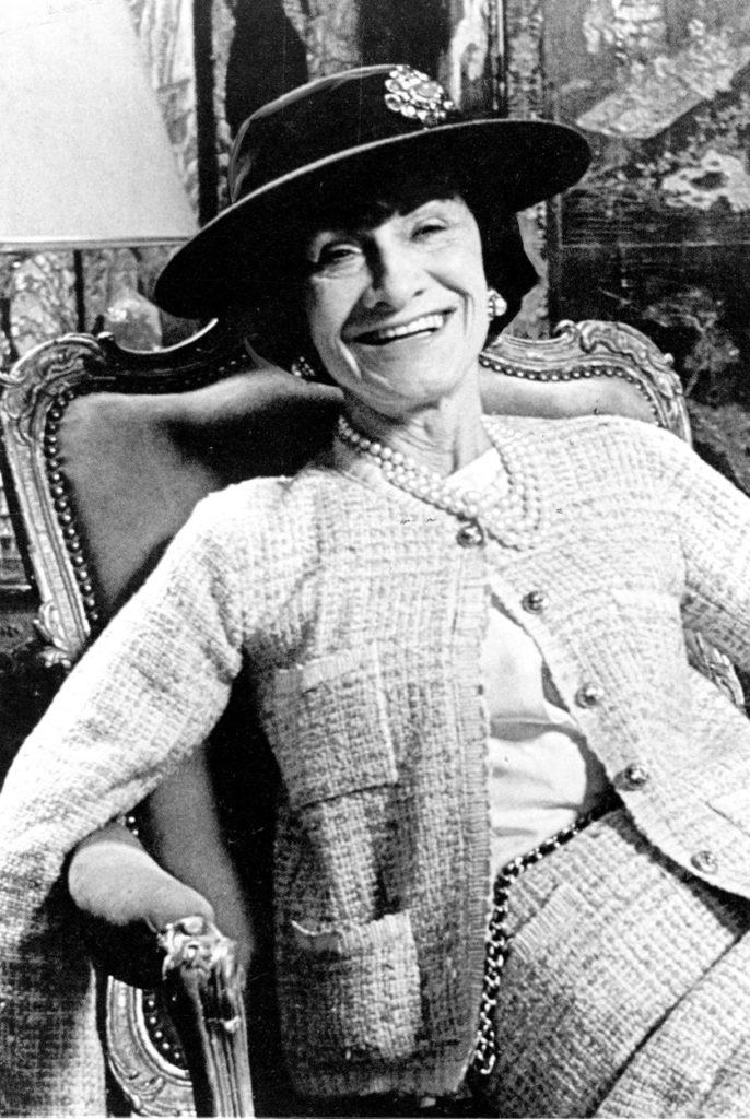 Coco Chanel 1954-ben.
