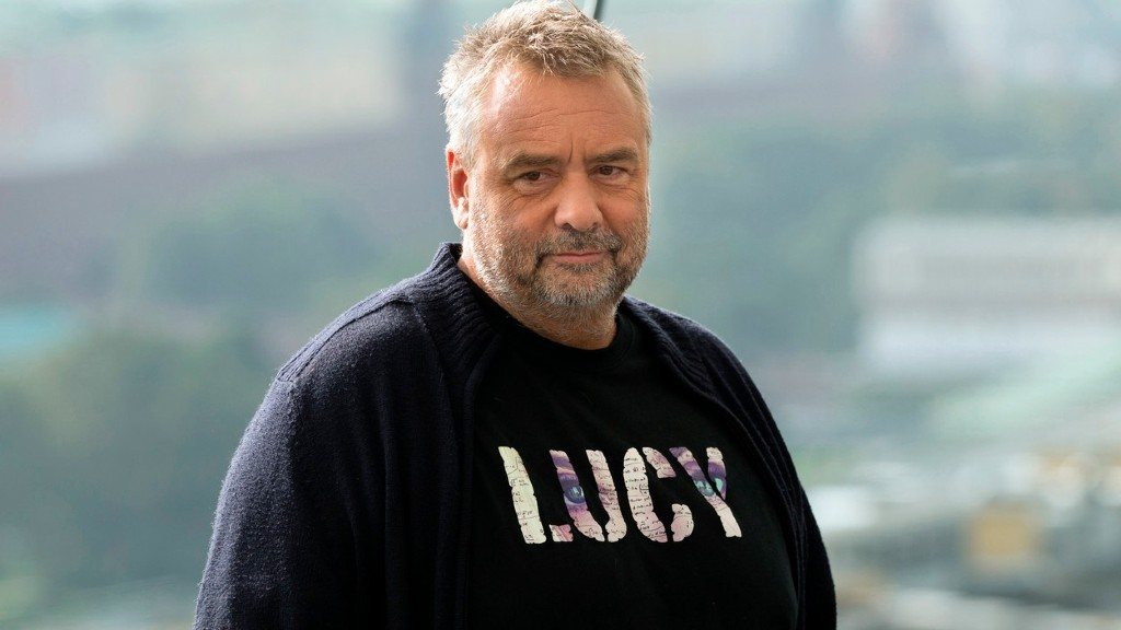 Luc Besson Lucy-s pólóban (fotó: Profimédia)