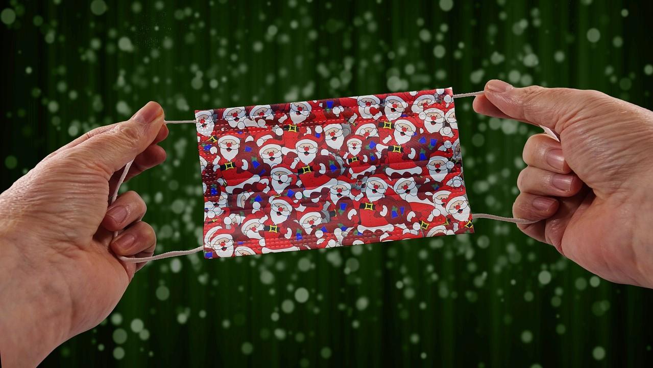 Karácsonyi szájmaszk