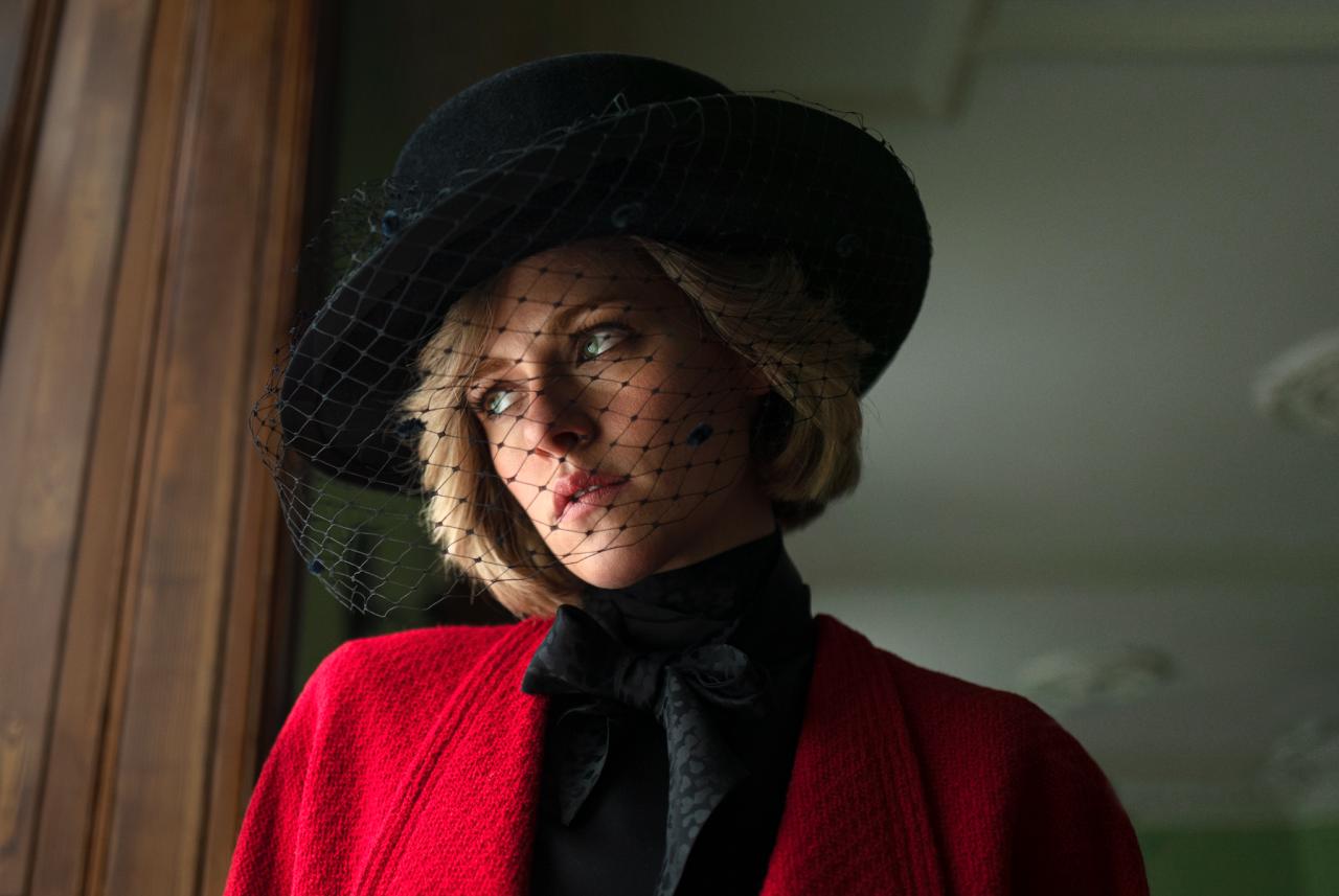 Kristen Stewart mint Diana hercegnő (fotó: Neon)