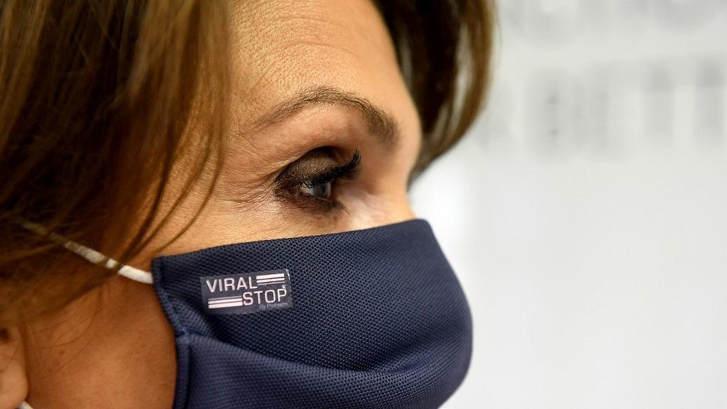 vírusölő maszk