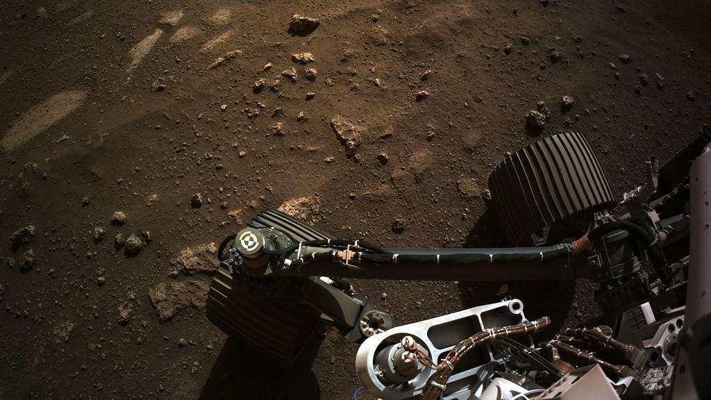 Elküldte első nagyfelbontású panorámafelvételét a Marsról a Perseverance marsjáró