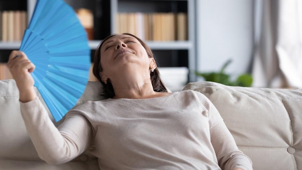 Hormonokkal vagy azok nélkül a klimax tünetei ellen