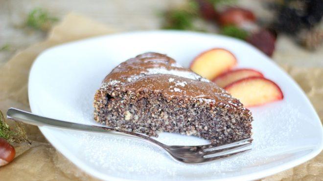Csak összekeverjük a hozzávalókat, megsütjük, és kész is a süti (Fotó: Bernadette Wurzinger / Pixabay)