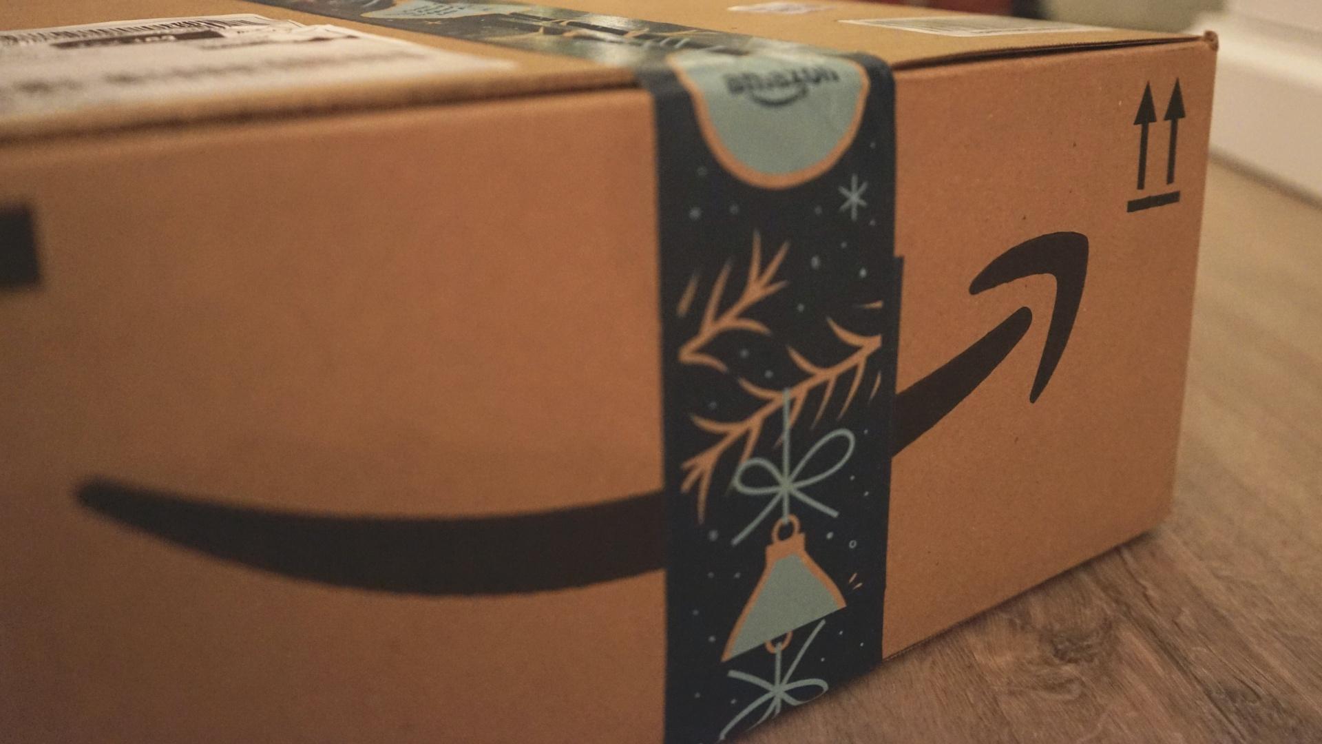 Amazon doboz