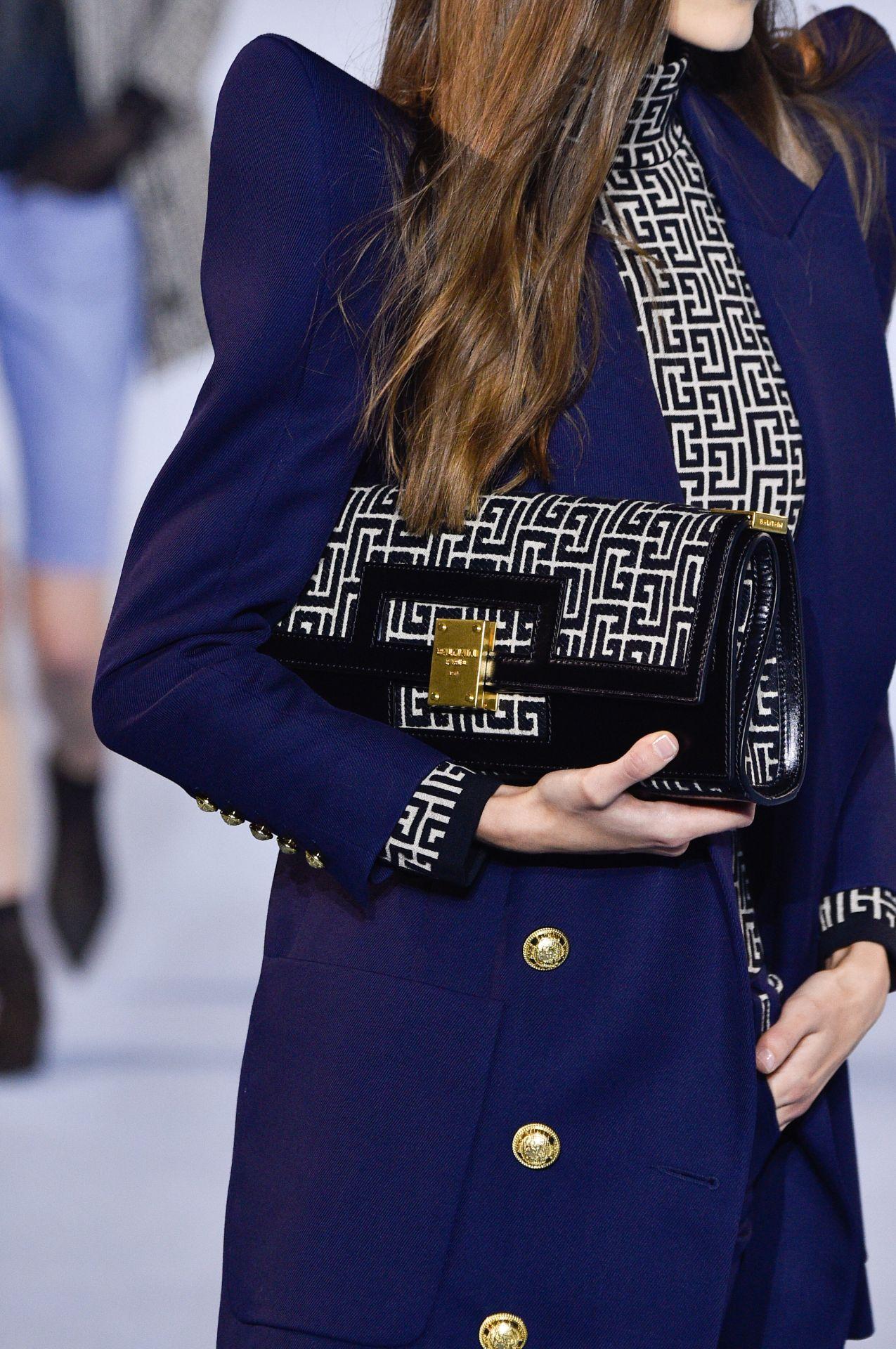 bagett táska Balmain