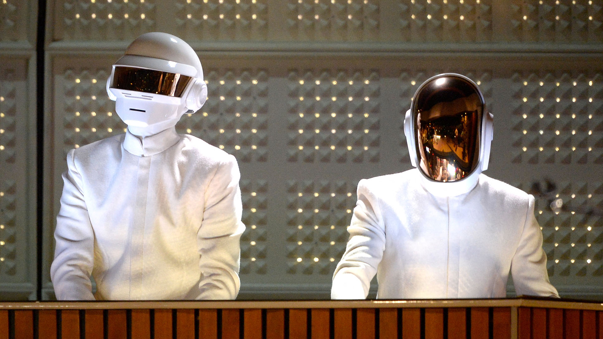 28 év után feloszlik a Daft Punk