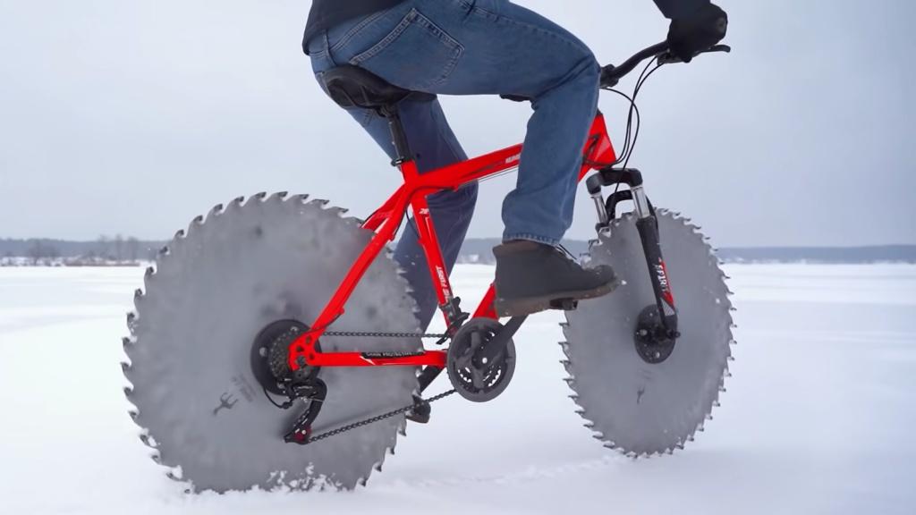 Fűrészlapos bicikli a jégen