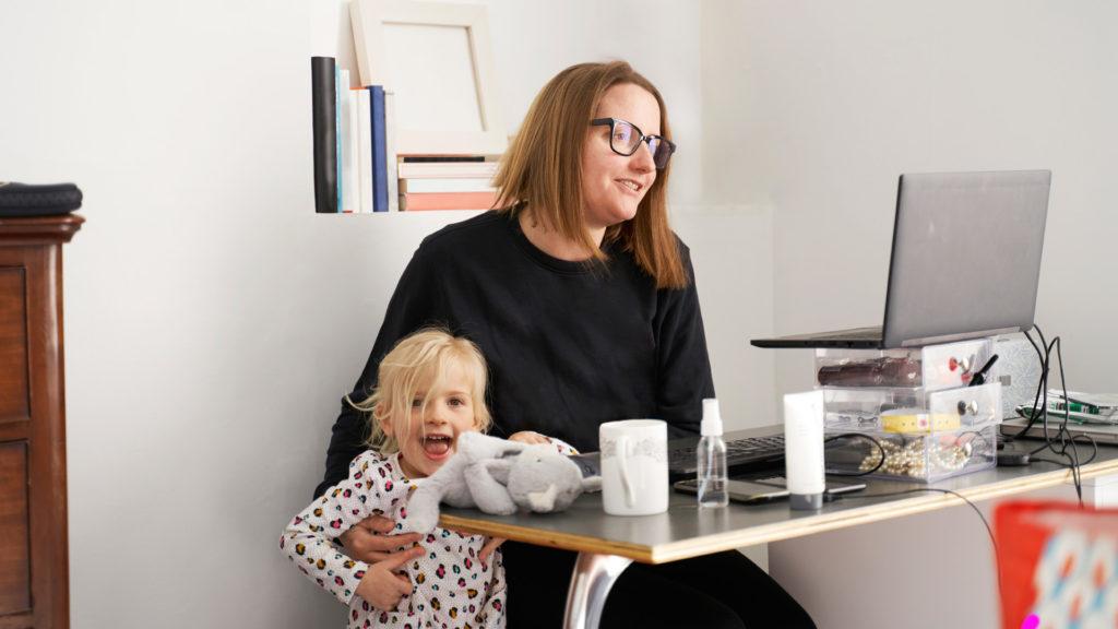 Ezt a home office-t a járvány szülte: nem ilyen rugalmas munkára vágynak a nők