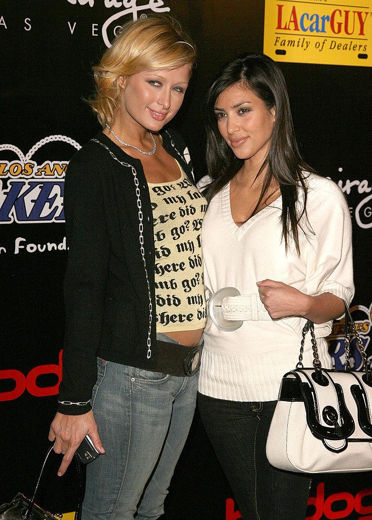 Paris Hilton és Kim Kardashian 2006-ban (