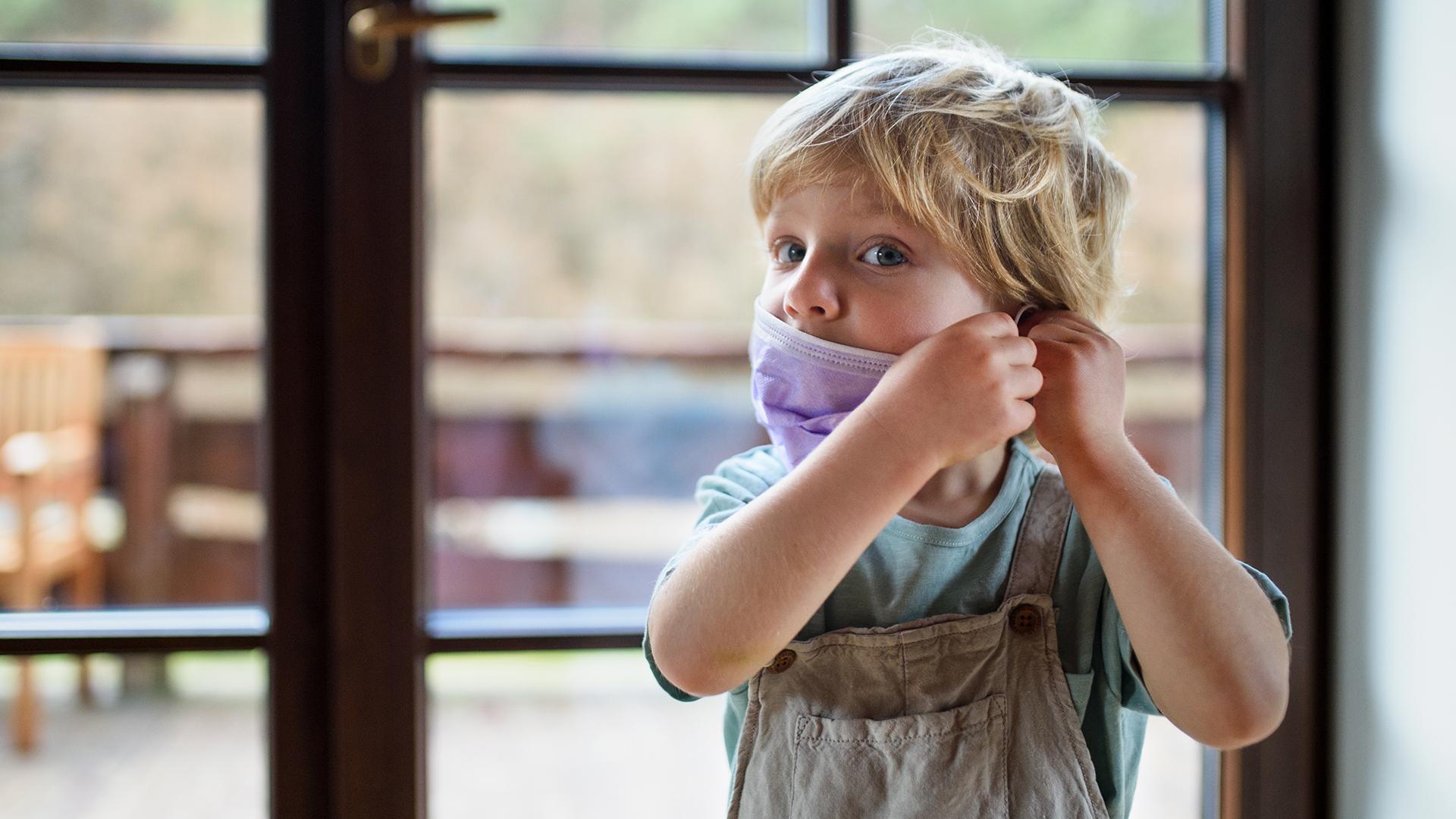 Nem igaz, hogy a gyerekek 68 százalékának problémát okozna a maszkviselés