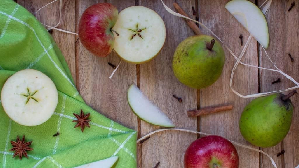 gyümölcsök fűszerek