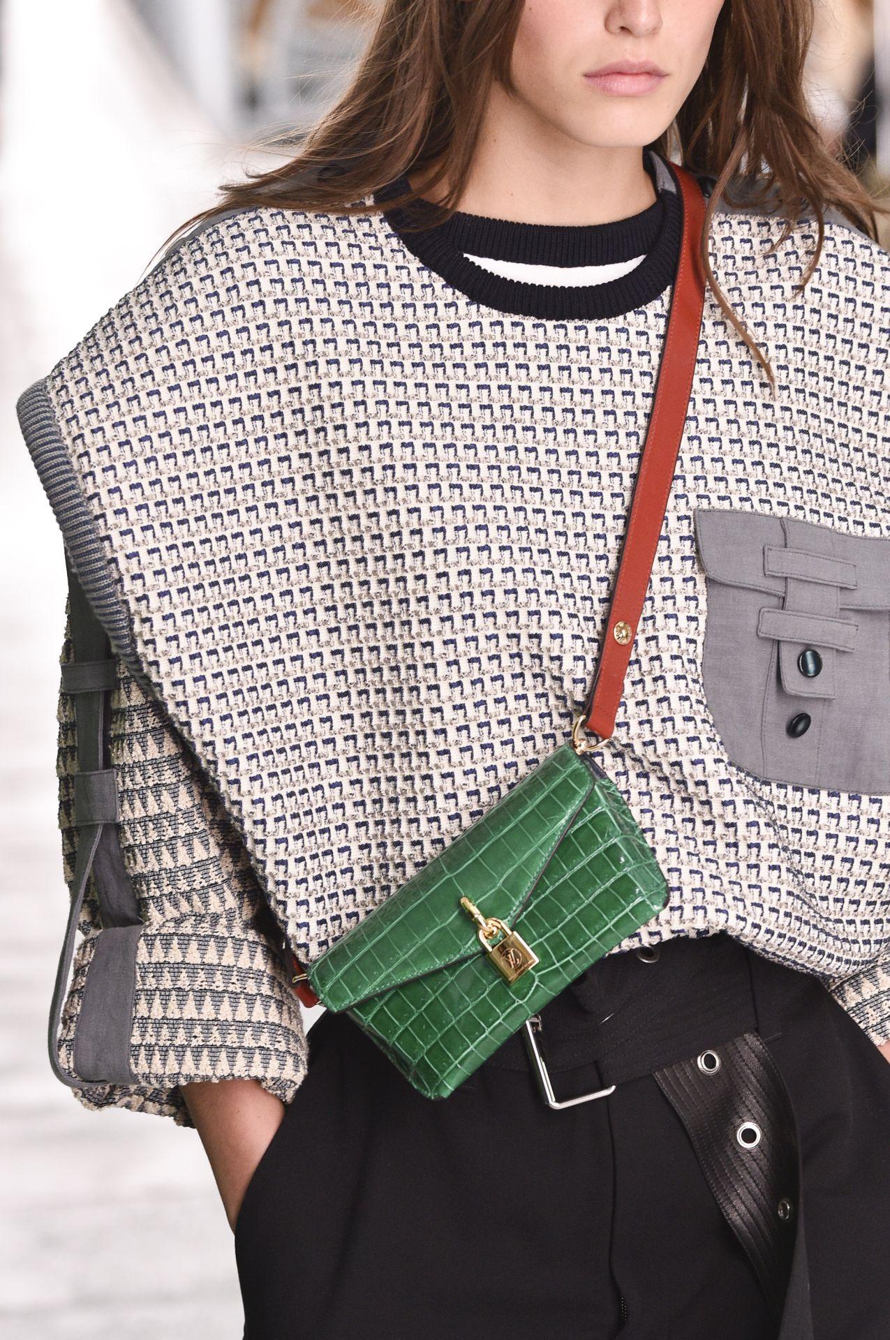 mini táska Louis Vuitton