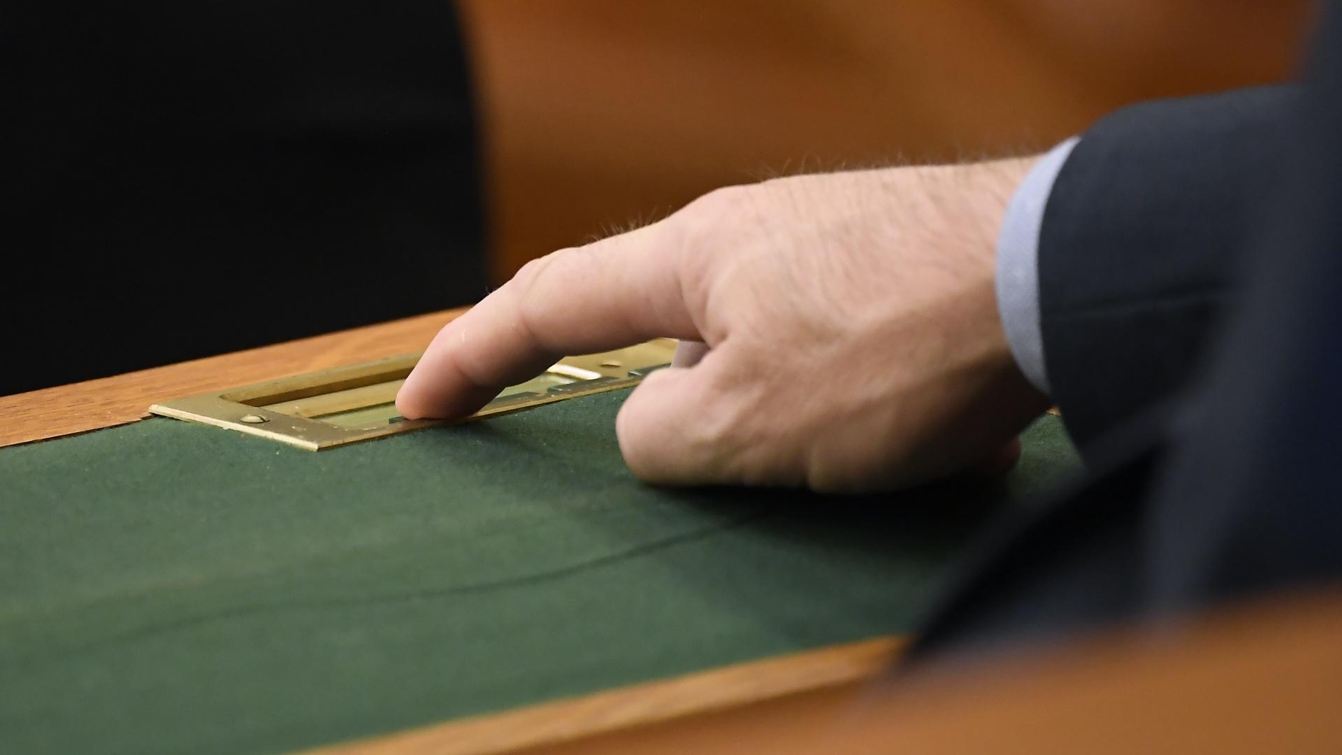 Szavazás a magyar parlamentben