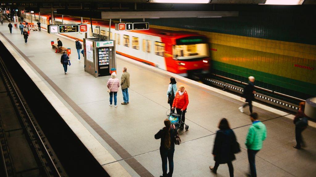 svédország, korlátozás, utazás