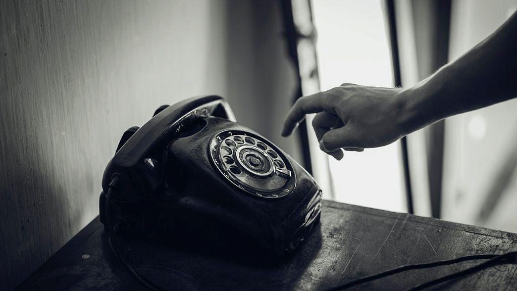 telefon, diszpécser, mentő
