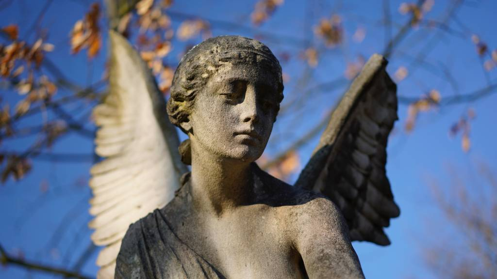 angyal szobor arkangyal