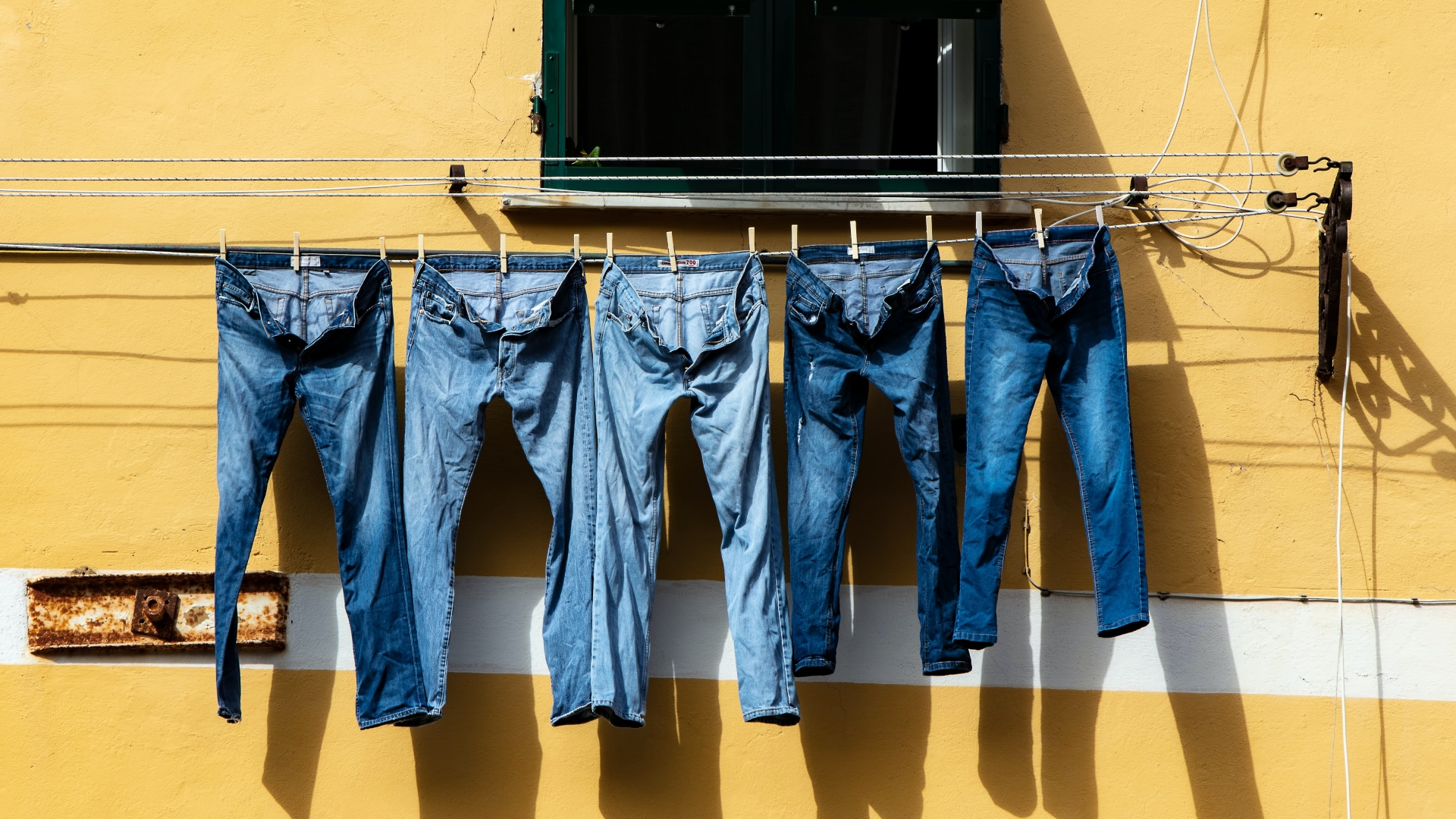 Így válogasd szét a szennyes ruhát
