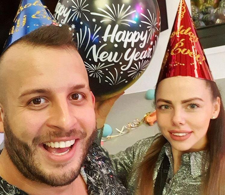 ValóVilág 10 szilveszteri buliján már együtt köszöntötte az új évet VV Renátó és VV Fru