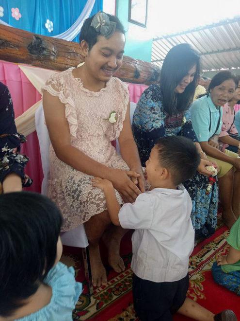 apa, Thaiföld, anyák napja